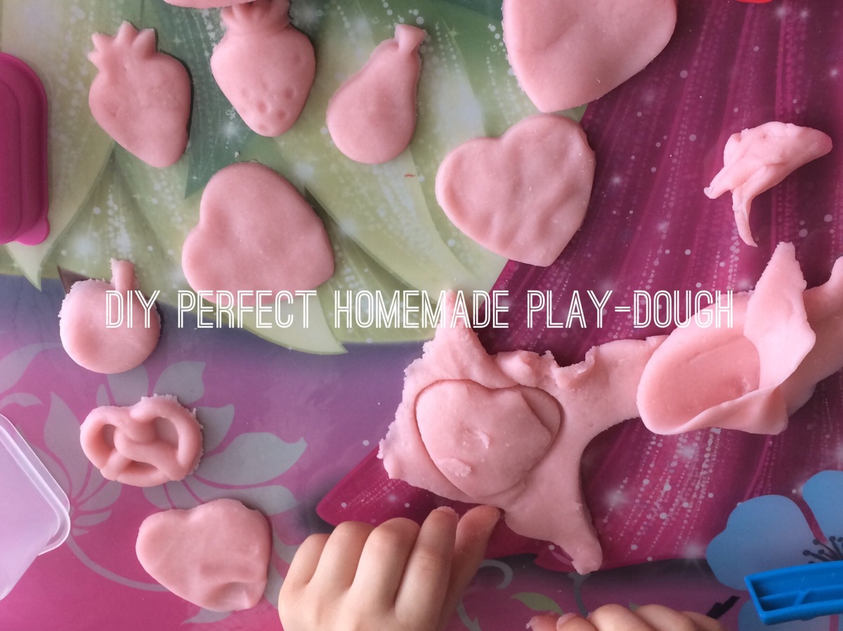 Mommy Monday – Perfect Homemade Play Dough