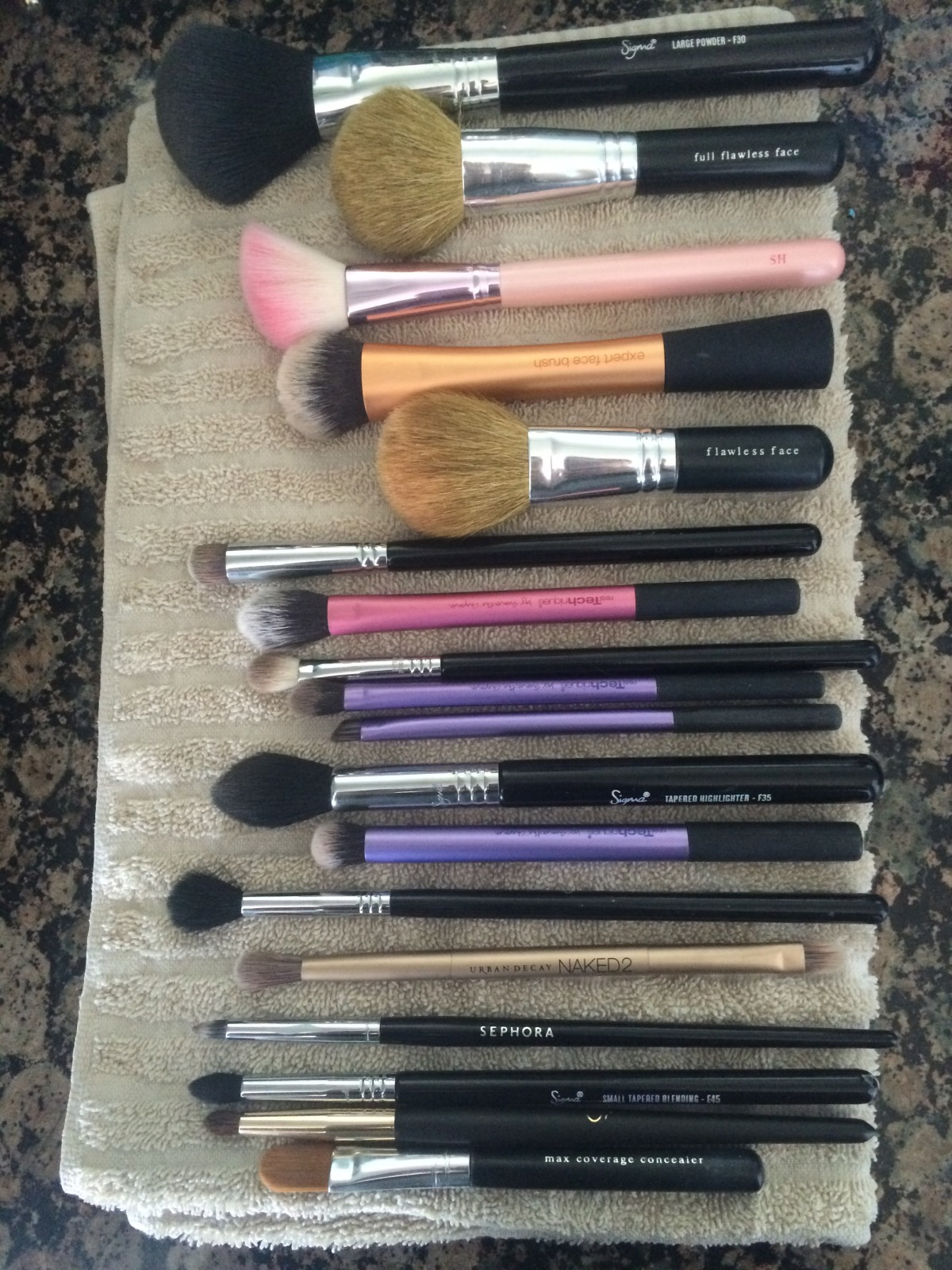 How I Clean My MakeupBrushes