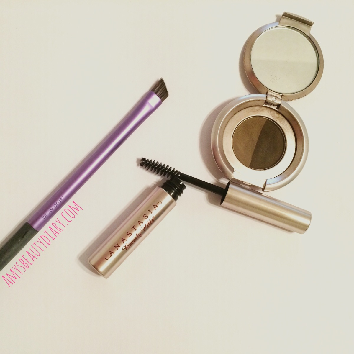 Easy Natural Brows