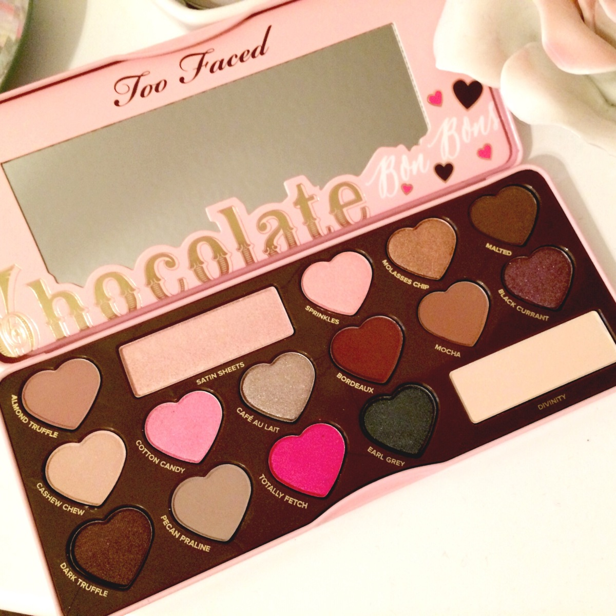 NEW Too Faced Chocolate Bon Bons Palette | Review +Swatches