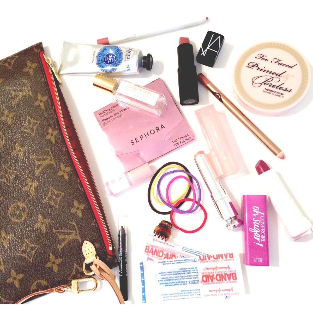What's In My MakeupBag?