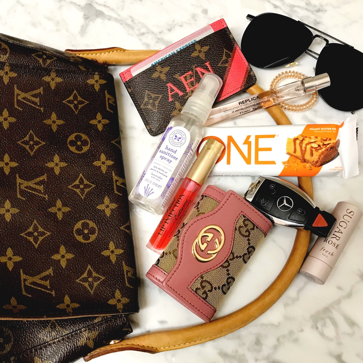 What's In My Bag? | Vintage LV Mini Looping Bag